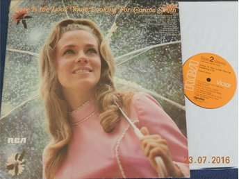 CONNIE SMITH - Love is the look you're looking for, LP RCA Victor USA 1973