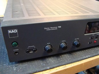 NAD Stereo Receiver 705