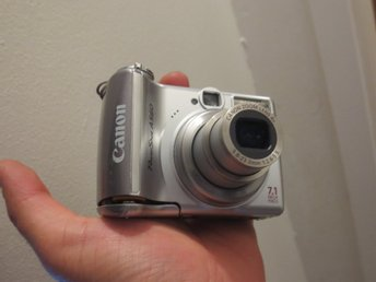 Canon Powershot A560 + 7.1MP + 4X ZOOM + anhängare !!
