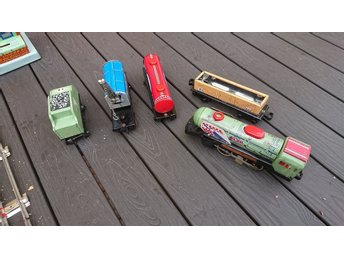Plåt tog Me 059 Tin toys train set 60 talet(batteri)