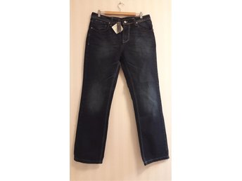 JEANS st 52. Nya!