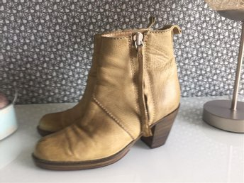 Acne boots strl. 37 Nyskick - Uddevalla - Acne boots strl. 37 Nyskick - Uddevalla