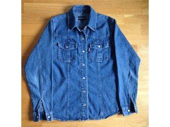 Skjorta Never Mind jeans stl S - Stockholm - Skjorta Never Mind jeans stl S - Stockholm