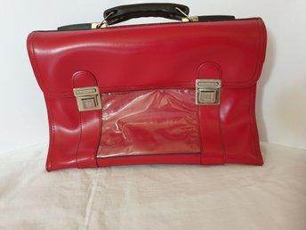 Röd väska skolväska 60 tal röd galon vintage retro