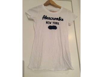 Abercrombie and Fitch T-shirt strl xs