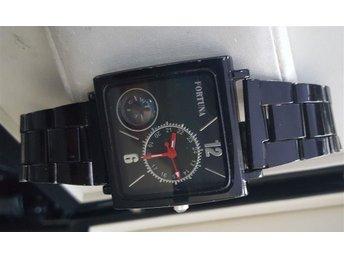 Fortuna Chronograph Schwarz med kompass Herr uret diameter 48x38mm - Eskilstuna - Fortuna Chronograph Schwarz med kompass Herr uret diameter 48x38mm - Eskilstuna