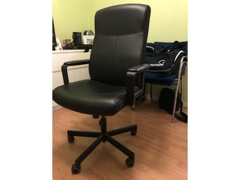 Black office chair - very good conditions!