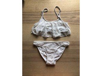 vit spets bikini