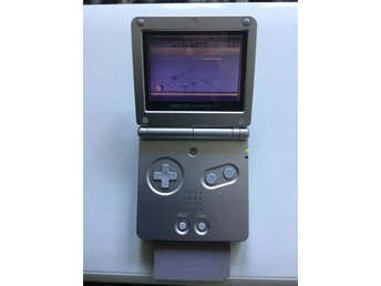 GAME BOY ADVANCE SP med spelet SUPER MARIO LAND
