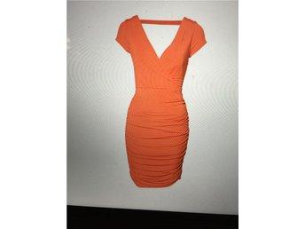 Orange stretch design klänning från Vivian Ray stl. L - Bjärnum - Orange stretch design klänning från Vivian Ray stl. L - Bjärnum