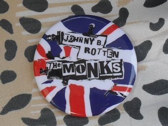 MONKS - STOR Badge / Pin / Knapp (Punk, Sex Pistols, Velvet Opera, Hudson Ford,