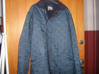 BARBOUR JACKA XL