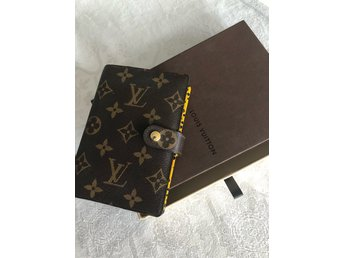 Louis Vuitton agenda special edition