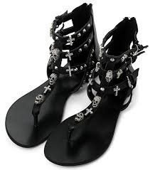 ASH *Odyssee Black Leather Cross and Skull Studded Sandals* stl 37- NYA (1699:-)