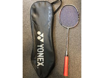 Badminton Racket Duora 77 and Voltric Lite