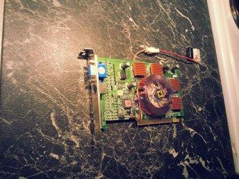 Geforce MX440se AGP - Kusmark - Geforce MX440se AGP - Kusmark