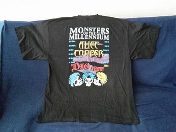 "Hård Rock T- shirt.   "" Monsters of millenniunm 2001"" Dio. Alice Cooper mm"