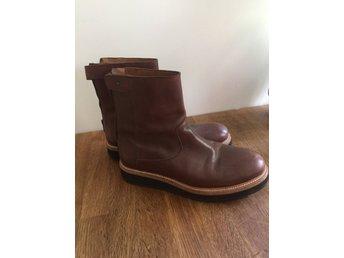 a9262fb9302 Snygga Tommy Hilfiger bruna Kängor boots skor .. (342739263) ᐈ Köp ...