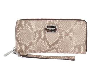 Michael Kors - Beige JET SET ITEM Continental Wallet