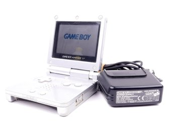 Game Boy Advance SP konsoli (Platinum) -  - PAL (EU)