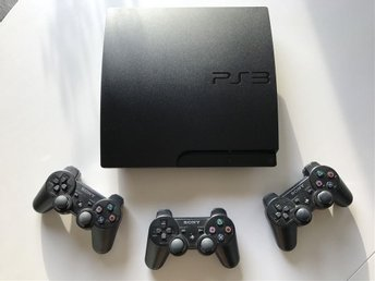 Mycket välskött Sony PlayStation 3 Slim 320GB