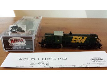 Atlas 44056  RS-1 Black River & western  211 i Kartong