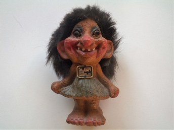 TROLL . Ny Form . norge. made in norway. no.115