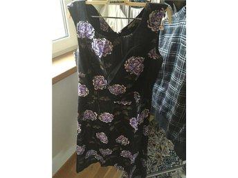 Jackpot klänning svart blommig 36 - Järfälla - Jackpot klänning svart blommig 36 - Järfälla