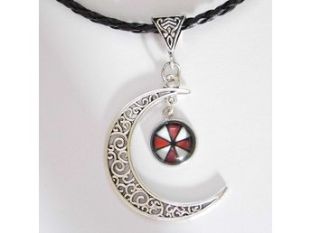Resident Evil Måne Halsband / Moon Necklace
