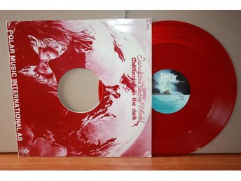 SUNSHINE ON THE WORLD - CALIFORNIA'S IN THE DARK - RED VINYL