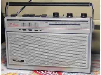 PHILIPS FM-RADIO från 1985 med varmt och mustigt ljud ! - Trosa - PHILIPS FM-RADIO från 1985 med varmt och mustigt ljud ! - Trosa
