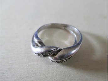 silverring 18mm i diameter 2 ringar i en