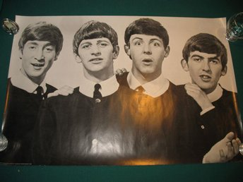 THE BEATLES AFFISCH LONDON 1981 89cm x 60cm STOR BEATLESAFFISCH I FINT SKICK