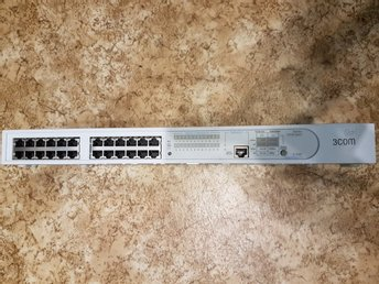 3Com SuperStack 3 Baseline Switch - switch - 24 ports Series