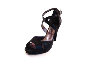 Festskor sandalett, svart, ovandel i skinn - storlek 40 - örebro - Festskor sandalett, svart, ovandel i skinn - storlek 40 - örebro