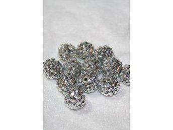 Glitter pärlor 14mm SILVER -4 st - Bålsta - Glitter pärlor 14mm SILVER -4 st - Bålsta