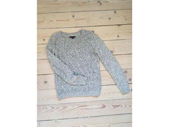 Tommy Hilfiger ljusgrå stickad tröja, storlek S - Uppsala - Tommy Hilfiger ljusgrå stickad tröja, storlek S - Uppsala