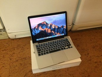 "MacBook Pro 13"" (2015) Intel Core i5 2.7Ghz 8GB 128GB + Förpackning/Laddare"