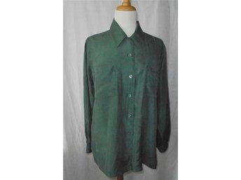 blus i mörkgrön siden, silke, st 36 - Vänersborg - blus i mörkgrön siden, silke, st 36 - Vänersborg