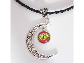 Batman Måne Halsband / Moon Necklace