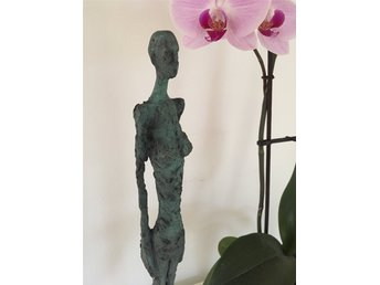 "Brons - bronsskulptur - Giacometti ""Woman from Venice"""