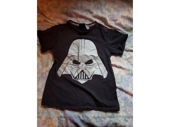 Star wars darth vader t-shirt - Nora - Star wars darth vader t-shirt i fint skick i stl 122/128 - Nora
