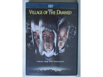 VILLAGE OF THE DAMNED. (Christopher Reeve, Kirstie Alley, Linda Kozlowski)