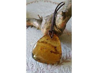 Amber i hängen och äkta läder kedja - Helsingborg - Amber i hängen och äkta läder kedja - Helsingborg