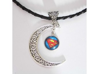 Superman Måne Halsband / Moon Necklace