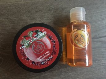 The bodyshop frosted berry & satsuma