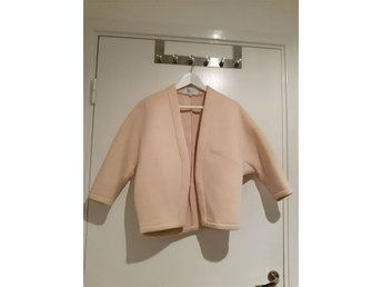Frontrowshop jacka beige nude fashion trend XS - Uddevalla - Frontrowshop jacka beige nude fashion trend XS - Uddevalla
