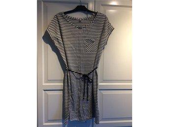 Esprit klänning, stl XL - Ulricehamn - Esprit klänning, stl XL - Ulricehamn