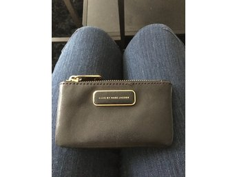 Marc Jacobs key purse
