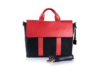 Snygg axelväska dataväska äktaskinn väska röd läder - Stockholm - Snygg axelväska dataväska äktaskinn väska röd läder - Stockholm